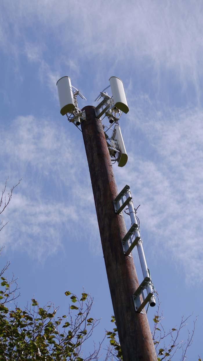 henscott-airband-transmitter